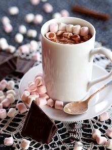 Gorąca czekolada z piankami...
