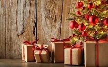 A jak choinka to i prezenty... bo każdy bez wyjątku musi otrzymać drobny upominek... ot, magia świąt :)