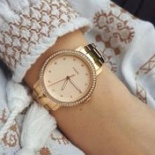 Piękny model w odcieniach żółtego złota. Modny zegarek Fossil to idealny pomysł na prezent dla niej.