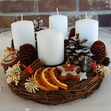 Świąteczny stroik pachnący najpiękniej tak samo pięknie jak wygląda.