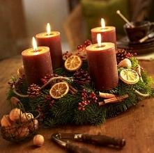 Świąteczne stroiki, świece