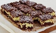 To jedno z prostszych ciast, jakie przygotujesz, a to nadzienie twarogowe jest niesamowite!