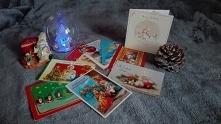 Bożonarodzeniowe kartki z życzeniami. Uwielbiam je dostawać i sama nadal, mimo doby smartfonów i internetu, uwielbiam je wysyłać do znajomych i rodziny. Nie do opisania są emocj...