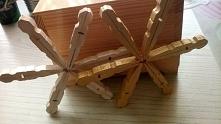 Zrobione z z drewnianych klamerek  :)
