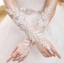 Dobrałybyście rękawiczki do ślubnej stylizacji? Jeśli tak, koniecznie zobaczc...