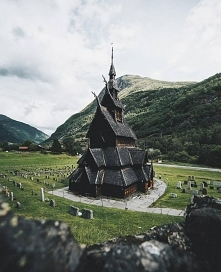 900-letni kościół w Norwegii.
