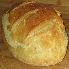 Chleb powszedni z chrupiącą...