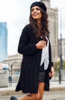 Envy Me EM607 sweter czarny Stylowy sweter, wykonany z ciepłej dzianiny, z dł...