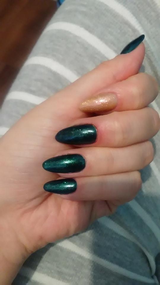 Nowe lakiery z Neonail, uwielbiam  zielony ^^