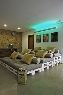 Własne kino w domu :D