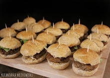 Sylwestrowa przekąska - miniburgerki! Przepis na blogu :)