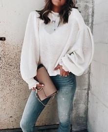 Zimowa stylizacja z białym sweterem - LINK W KOM!