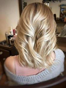 Wielowymiarowy blond
