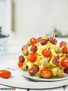 Koreczkowy jeż na imprezę