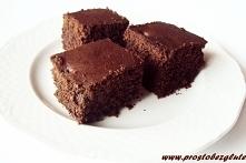 Ucierane ciasto kakaowe z c...