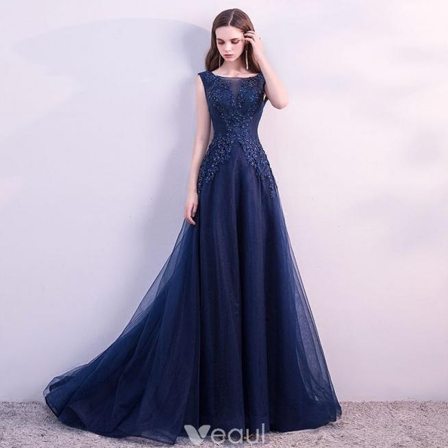 80b0a7fb Piękne Granatowe Sukienki Wieczorowe 2018 Princessa Z Koronki K.. na ...