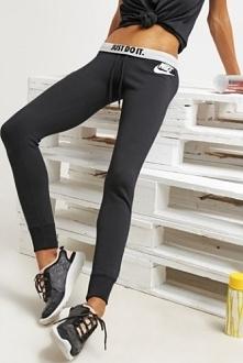 Spodnie damskie Nike NSW Rally Pant Tight czarne (894852 010)