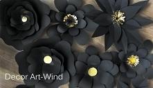 Papierowe kwiaty są świetną dekoracją sali studniówkowej, weselnej lub butiku...