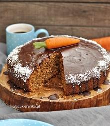 Orkiszowe Ciasto z Marchewką i Bakaliami. Przepis po kliknięciu w zdjęcie.