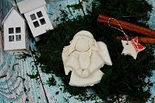 Anioł z masy porcelanowej. Przepis na masę i instrukcja jak ulepić aniołka