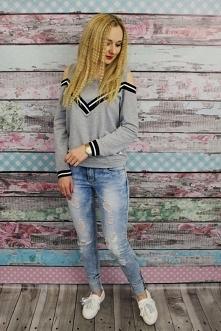 Stawiamy na wygodę:) Bluza z lampasami 47,- Spodnie z przetarciami 99,- Trampki Slip On z frędzlami 89,- Zapraszam na wnetubranie.pl Hana Fashion- Twój styl z neta!