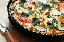 Tarta z warzywami i serem feta