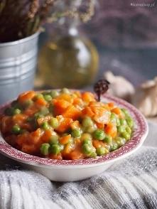 Zasmażana marchewka z groszkiem / Carrots with peas