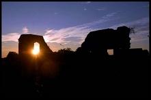 W Radlinie znajdziemy malownicze ruiny pałacu. Mieszkańcy twierdzą, że po zmroku strach tam się zapuszczać. Lubimy takie miejsce i legendy. Odważnych zapraszamy na wycieczkę z n...