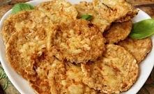 Wafle ryżowe w jajku z żółtym serem