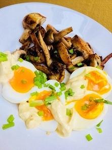 lchf - śniadanie, jaja na p...