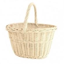 Sklep internetowy moon-pearl poleca: Zgrabny wiklinowy koszyk na zakupy w kolorze kremowym.
