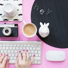 Przyjemne zarabianie. Praca on-line dla kobiet- poszukiwane 4 osoby!!! Wypłat...