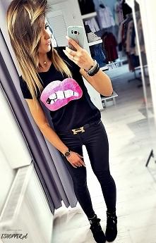 Bluzeczka LIPS :*  ESHOPPER.pl