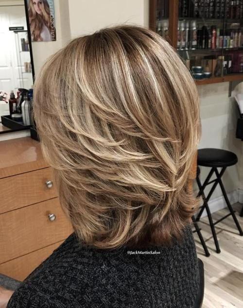Fryzury Włosy Półdługie Cieniowane Na Mój świat Zszywkapl