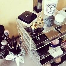 Cosmetics #22