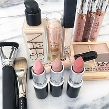 Cosmetics #28