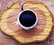 Kawa nie zadaje pytań, kawa rozumie... zwłaszcza o świcie ;)