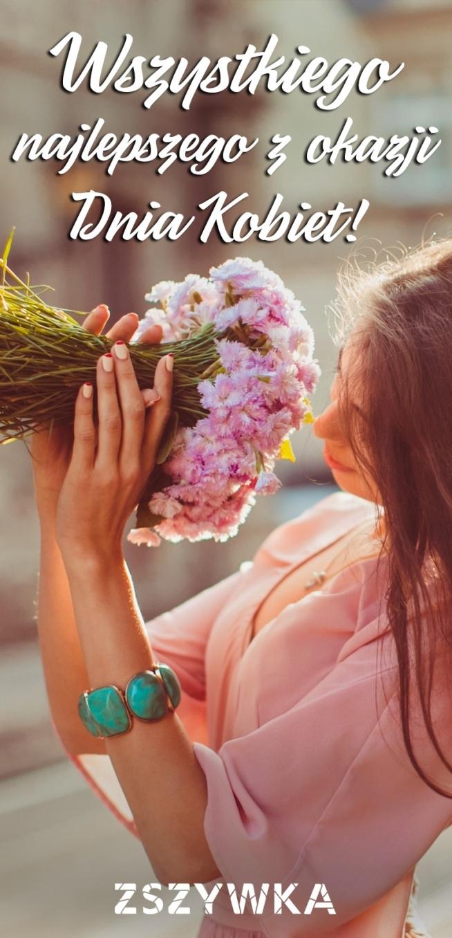 Drogie dziewczyny przyjmijcie od nas najserdeczniejsze życzenia.<3 Dużo miłości, szczęścia i uśmiechu!