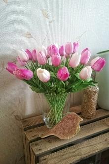 Sztuczne tulipany jak żywe ;)