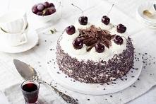 Tort Czarny Las. Przepis jak przygotować tort szwarcwaldzki?       Biszkopt: ...