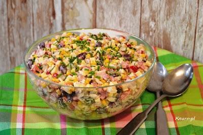 Smacznie i szybko na Wielkanoc Sałatka ryżowa z szynką i serem