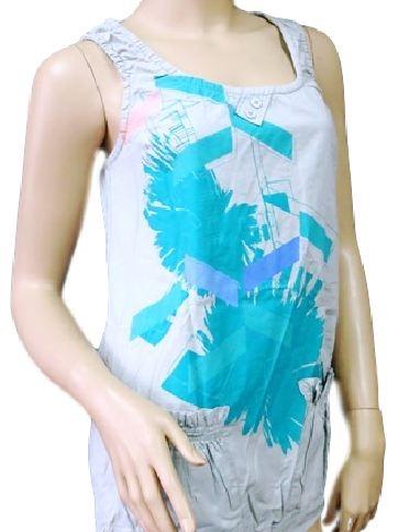 Świetna stylowa koszulka , idealna zarówno do spodni jak i spódnicy . Kliknij w zdjęcie aby zobaczyć produkt