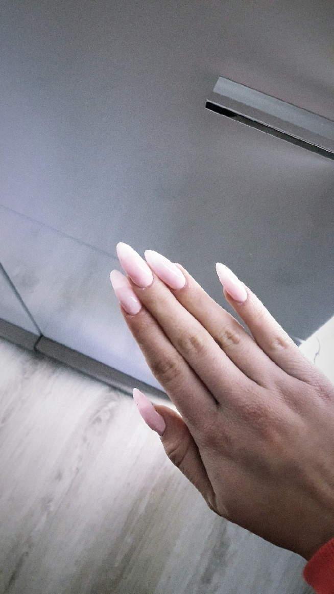 #nails #ombre #pink #white