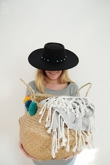 Nasza nowość - piękne kosze z trawy morskiej w rozmiarze XXL - MODELE Z POMPONIKAMI I BEZ :)  Znajdziesz u Nasze Domowe Pielesze