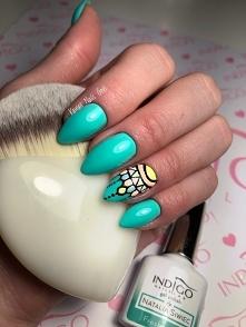 Nails in progress...