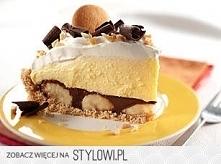 Ciasto kremowe z bananami  1 szklanka drobno pokruszonych herbatników (najlepiej biszkoptowych lub digestive) 60g masła, roztopionego 2 paski czekolady deserowej ½ szklanki krem...