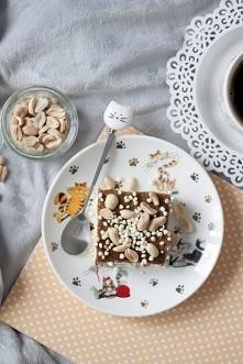 Fit jagielnik z solonym karmelem Jagielnik jest wegański, bezglutenowy i bez cukru. Do posłodzenia wykorzystałam ksylitol, a dodatkowa słodycz to oczywiście karmel z daktyli, wz...
