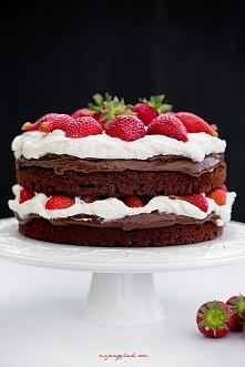 Tort z nutellą i truskawkam...