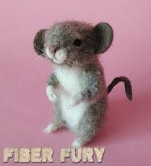 Myszka figurka z wełny/ Needle felted mouse