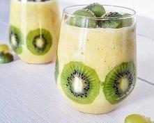 ananas banan (kiwi i winogrona)